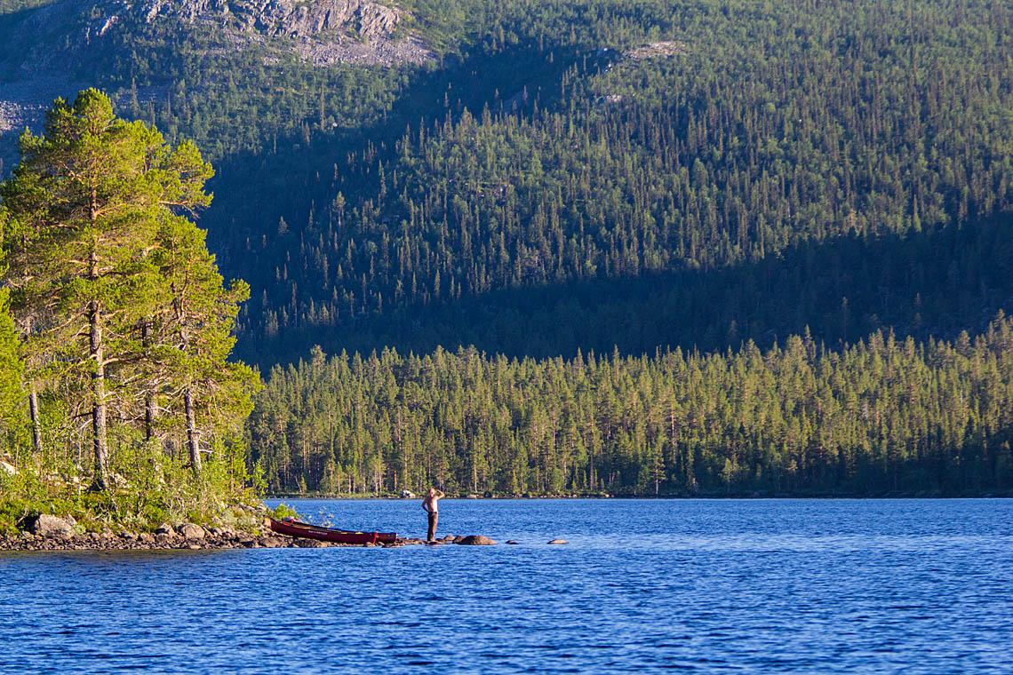 Jokkmokk_Canoe-adventure-pearl-river-2