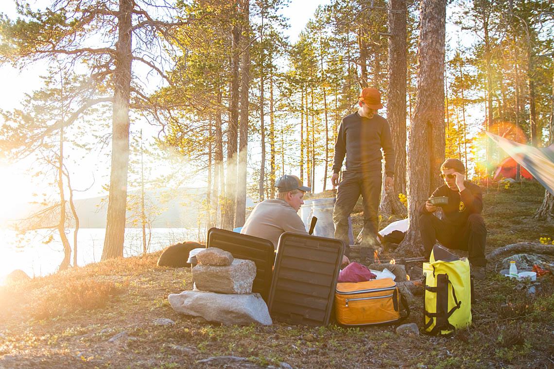Jokkmokk_Canoe-adventure-pearl-river4