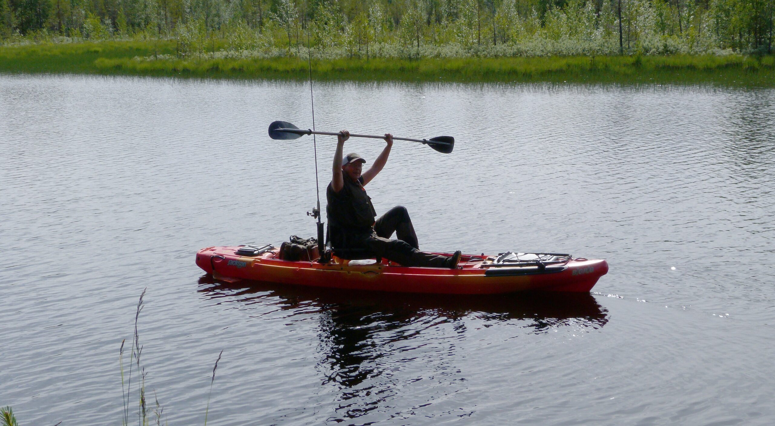 JokkmokkArcticDream_ArcticAdventure-Kayak-fishing